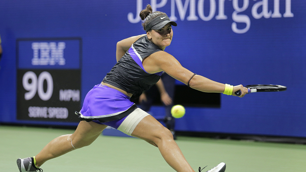 Andreescu back under US Open lights in semi-final action