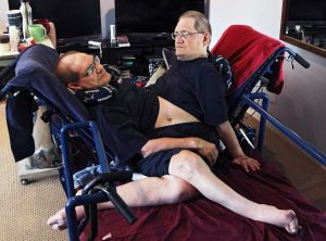 World's longest-surviving conjoined twin brothers die at 68