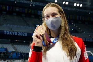 Oleksiak 'thanks' high school teacher that advised her to stop swimming