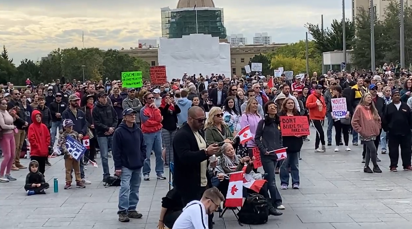 Hundreds protest COVID-19 mandates at 'freedom rally' in Edmonton Saturday
